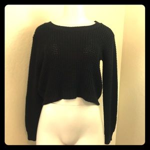 Black knit cropped sweater LA HEARTS small